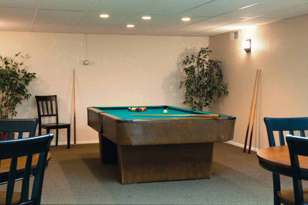 Monroeville Apartments At Lavale Monroeville Pa Pool Table